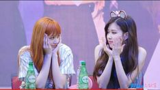 Yg Entertainment, K Pop, Forever Rose, Jennie, Blackpink Photos, Blackpink Jisoo, Me As A Girlfriend, Kpop Girls, Girl Group