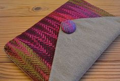 Make the Most of Handwoven Fabric With These Beautifully Small Weaving Projects