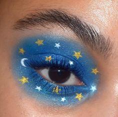 🌙 'Mar' eyeshadow palette + 'superfly' supershock shadow + 'blue ya mind' BFF Mascara + 'origami' jelly much shadow… Makeup Eye Looks, Creative Makeup Looks, Cute Makeup, Pretty Makeup, Makeup Goals, Makeup Inspo, Makeup Inspiration, Makeup Ideas, Makeup Geek