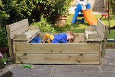 DIY Wooden Sandpit with Lid and Benches DIY sandpit with fold out benches - side view<br> This DIY wooden sandpit is made out of decking boards. The lid folds out to make two benches and it can be built start to finish in a couple of evenings. Wooden Sandpit With Lid, Wooden Sandbox, Wood Projects, Woodworking Projects, Kids Indoor Playground, Folding Seat, Mud Kitchen, Sand Pit, Diy Bench