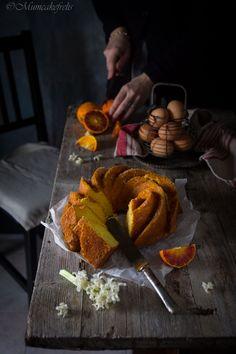 La ricetta del pan d'arancio Siciliano, ricetta originale palermitana realizzata in versione senza latticini, con olio e succo di arancia. Pan d'arancia o pan d'arancio con farina di mandorle.