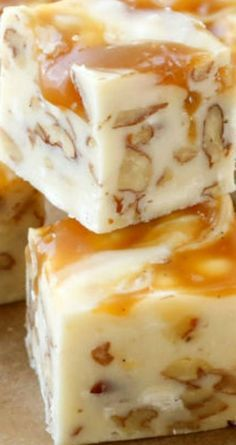 I would not call this fudge, actually. White Chocolate Caramel Pecan Fudge ~ A quick and easy 5 Minute Fudge Recipe. Creamy white chocolate fudge filled with pecans and swirled with caramel Fudge Recipes, Candy Recipes, Sweet Recipes, Cookie Recipes, Dessert Recipes, Just Desserts, Delicious Desserts, Yummy Food, Pecan Desserts