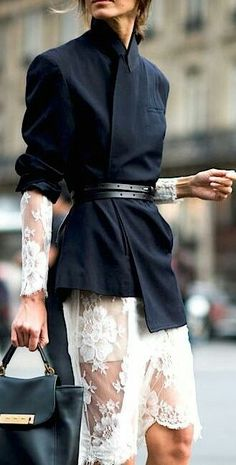 The Best Street Style From Paris Fashion Week - Outfit Inspirationen - Winter Mode Best Street Style, Looks Street Style, Spring Street Style, Cool Street Fashion, Looks Style, Street Chic, Look Fashion, Autumn Fashion, Street Styles