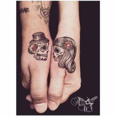 tatuajes de calaveras para parejas mujeres