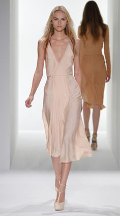 Calvin Klein Collection Blush Dress, Spring 2012-can i make it longer for my beach wedding?