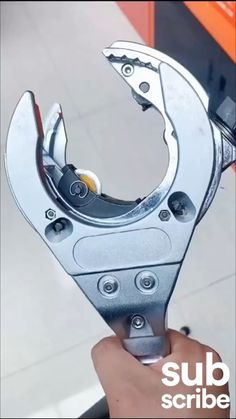 Spy Gadgets, Home Gadgets, Cool Gadgets On Amazon, Welding And Fabrication, Construction Tools, Diy Home Repair, Amazon Home, Car Tools, Wooden Plates