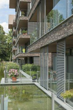 Duco Ventilation & Sun Control (product) - DucoSlide zonwering zorgt voor boeiend samenspel - PhotoID #219758 - architectenweb.nl