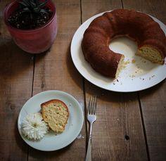 Cake for Breakfast: Olive Oil Banana Bread
