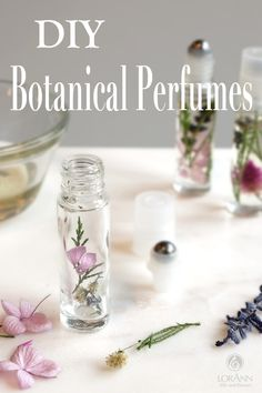 Sweet and Simple Botanical Perfume Rollers See how easy it is to make all-natural essential oil roll-on perfumes! Make for yourself or for gift-giving. Learn how to make pretty DIY botanical perfumes made with essential oils. Perfect for gift-giving! Perfume Glamour, Perfume Versace, Essential Oil Perfume, Perfume Oils, Diy Fragrance Oil Perfume, Diy Natural Fragrance, Perfume Fragrance, Natural Essential Oils, Essential Oil Blends
