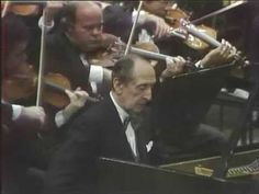 Horowitz Rachmaninoff 3rd Concerto Mehta NYPO 1978.  Horowwitz plays the Rachmaninov 3rd Piano Concerto in Avery Fisher Hall, New York, 1978 with Zubin Mehta ( His last recording ever of this concerto and maybe the last time he played it. Horowitz was 75 years old in this recording!!!)