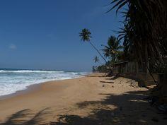 Hikkaduwa, Sri Lanka http://www.imperatortravel.ro/2012/06/sri-lanka-insula-de-smarald-cu-qatar-airways-episod-5-hikkaduwa-o-plaja-doar-pentru-mine.html