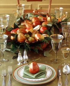 Thanksgiving Day Table centerpiece - fruits
