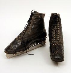 Beautiful ice-skates from 1862