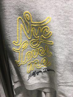 New embroidery tshirt ideas fabrics ideas Hang Ten, Hand Embroidery Designs, Embroidery Applique, Fashion Graphic, Fashion Prints, Shirt Print Design, Shirt Designs, Graphic Tees, Graphic Prints