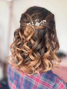 boho bridal hair   GALLERY Bride Hairstyles With Veil, Wedding Hairstyles, Hair And Makeup Artist, Hair Makeup, Boho Bridal Hair, Special Occasion Hairstyles, Wedding Looks, Gallery, Hair Styles