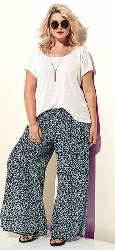 awesome Torrid - Torrid Floral Chiffon Side Slit Wide Pants by http://www.globalfashionista.xyz/plus-size-fashion/torrid-torrid-floral-chiffon-side-slit-wide-pants/