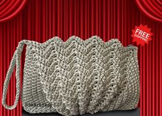 Discover thousands of images about Crochet Metallic Silver ClutchShell BagFan BagWristlet Crochet Tote, Crochet Handbags, Crochet Purses, Bead Crochet, Crochet Stitches, Crochet Patterns, Yarn Bag, Ribbon Yarn, Bridal Clutch