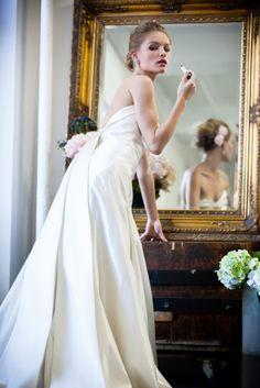 Dress ドレス Micie due.aoyama・ミーチェドゥエ 青山 Elisa Modern kimono inspired wedding dress by Japanese design shop Micie