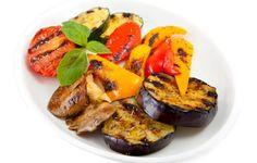 Узнай рецепт копчёных овощей, секреты выбора ингредиентов и
