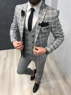 Product: Slim-Fit Vest Suit Color Code: Plaid Gray Cream Size: Suit Material: wool, viscose, poly Machine Washable: No Fitting: Slim-fit Package Include: Coat, Vest and Pants Only Indian Men Fashion, Mens Fashion Suits, Mens Suits, Fashion Vest, Fashion Boots, Grey Slim Fit Suit, Blazer Outfits Men, Der Gentleman, Mode Costume