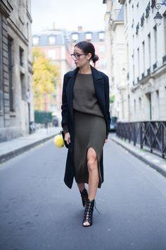 Alex's Closet - Blog mode et voyage - Paris | Montréal: MAILLE KAKI