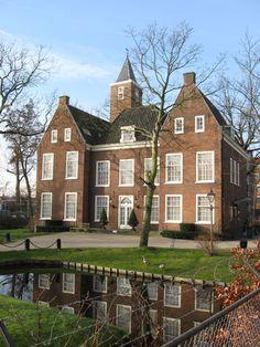 Little castle 'de Binckhorst' The Hague, Netherlands