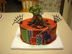 Hulk And Spiderman This is actually my favorite cake this week, used the brick impression mat on the sides, airbrushed, icing image plaques. 5th Birthday, Birthday Parties, Birthday Cake, Marvel Cake, Spiderman Kids, Superhero Cake, Gum Paste, Royal Icing, Cake Cookies