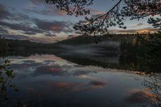 Skumring i Lisleheradmarken Travel Memories, Norway, River, Places, Nature, Outdoor, Outdoors, Travel Souvenirs, Naturaleza