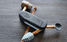 Prototype couteau suisse à l'âge de pierre