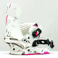 Premium performance meets lightweight flexible comfort Ultra-light and ultra-tech, the women's Katana from Rome is a mid-flexing solution for anywhere your snowboarding takes you. Snowboard Bindings, Snowboarding Women, Katana, Converse Chuck Taylor, Rome, High Top Sneakers, Rum, Rome Italy