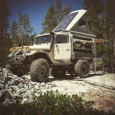 "overlandbound: ""I would love to check this thing out in person some day. Looks to be very well set up. Photo by by cruisershirts. Toyota Fj40, Toyota Trucks, 4x4 Trucks, Toyota Land Cruiser, Land Cruiser 4x4, Landcruiser Ute, Carros Toyota, Ute Canopy, Tacoma Truck"
