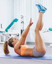 Tighten your abs with these two exercises that work your entire midsection