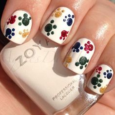 Paw print nails for the #puppybowl