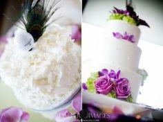 Blanco y púrpura del pastel de bodas por TinyCarmen