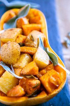 Kürbis-Kartoffel-Salat mit Salbei aus dem Ofen - www.kuechenchaotin.de
