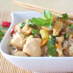 What a busy day! Gut dass Kochen mich beruhigt, so ist dass da entstanden  #asiatischer Reissalat mit #huhn und leichter Thainote. Ein Mischmasch also. Sehr #lecker und leicht. Solltest du mal ausprobieren. #delicious #omnomnom #nomnom #niciskochblo Potato Salad, Potatoes, Chicken, Meat, Ethnic Recipes, Food, Healthy Food Recipes, Food Food, Viajes