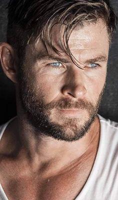 Chris Hemsworth, Marvel, Celebs, Actors, Beauty, Celebrities, Celebrity, Beauty Illustration, Actor
