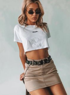 outdoor Summer Outfits For Women Check the webpage for more info. outdoor Summer Outfits For Women Edgy Outfits, Skirt Outfits, Cool Outfits, Fashion Outfits, Womens Fashion, Fashion Trends, Fashion Boots, Fashion Tips, Cute Outfits With Skirts