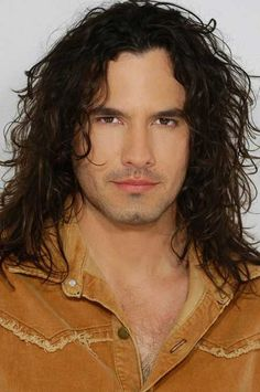 Long wavy hairstyle for men #longhairstylesformen