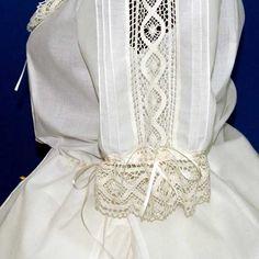 Resultado de imagen de enaguas de fallera Bobbin Lace, Shirt Dress, Sewing, My Style, Wedding Dresses, Orisha, Fabric, Sleeves, Shirts