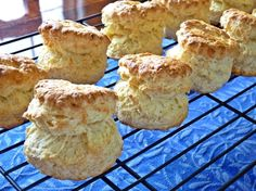 和・美・Savvy Cooking Sweets Recipes, Bread Recipes, Cooking Recipes, Desserts, British Scones, Cafe Food, Sweet Tooth, Bakery, Food And Drink