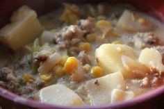 Mix and Match Mama: Dinner Tonight: Sausage & Corn Chowder Potato Corn Chowder, Corn Soup, Halloween Menu, Easy Halloween, Sausage Potato Soup, Sausage Chili, Chili Recipes, Soup Recipes, Cooker Recipes