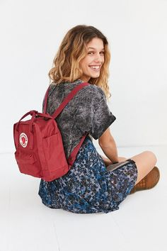 Fjallraven Kanken Mini Backpack. Click the link to shop! #urbanoutfitters #wildfoxcouture #anthropologie #autumn #fashion #topshop #H&M #zara