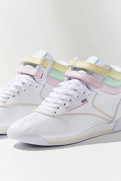 b05062a053e046 Reebok X GLOW Freestyle Hi Pastel Sneaker Retro Sneakers