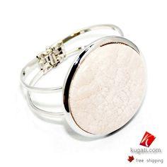 Enjoy metallic bangles..