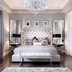 Decorate the bedroom: design your oasis of well-being - eigenes Haus - Schlafzimmer Bedroom Sets, Elegant Bedroom, Bedroom Interior, Luxurious Bedrooms, Mirrored Bedroom Furniture, Home Decor, Modern Bedroom, Small Bedroom, Simple Bedroom