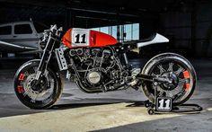 Inazuma café racer: VF750 by Lucky Custom
