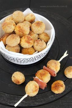 Polpette di ricotta e speck cotte in forno ricetta piatto light - Ricotta cheese balls light recipe