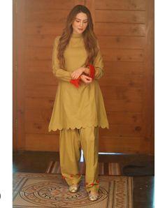 Frock Design, Fancy Dress Design, Stylish Dress Designs, Girls Dresses Sewing, Stylish Dresses For Girls, Simple Dresses, Kurta Designs, Kurti Designs Party Wear, Simple Pakistani Dresses