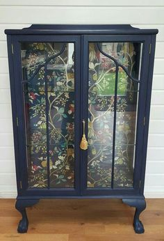 Stunning vintage display cabinet in Frenchic Hornblower with coordina… just wow. Stunning vintage display cabinet in Frenchic Hornblower with coordinating decoupage lining Painted Bedroom Furniture, Refurbished Furniture, Repurposed Furniture, Antique Furniture, Dresser Furniture, Rustic Furniture, Wallpaper Furniture, Kitchen Furniture, Modern Furniture